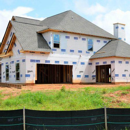 Konstrukcja dachu z drewna – elementy prefabrykowane